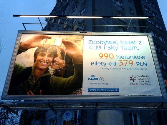 Raklama na rogu al. Waszyngtona i ul. Kinowej w Warszawie, 17.12.2012 r.