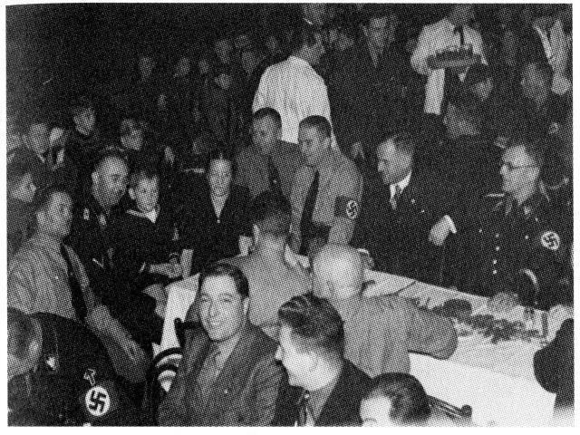 Himmler, Globocnik i inni. Fot. nr 9 z książki B. Riegera.