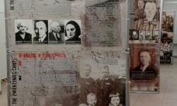 """Wystawa """"Sonderlaboratorium SS. Zamojszczyzna """"pierwszy obszar osiedleńczy"""" w Generalnym Gubernatorstwie""""."""