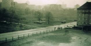 Wojsko na ulicach Szczecina w grudniu 1970. Fot. Wiesław Jóźwik. Źródło: Internet.