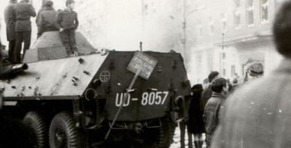Demonstracje w Szczecinie 17 grudnia 1970. Źródło fot.: www.grudzien70.ipn.gov.pl.