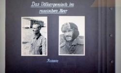 Karta albumu niemieckiego wartownika ze stalagu 326 (VI K) Senne, jesień 1941 roku.