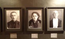 """Wystawa Tomasza Kiznego """"Wielki Terror 1937-38"""" w Centrum Artystycznym Fabryka Trzciny w Warszawie."""