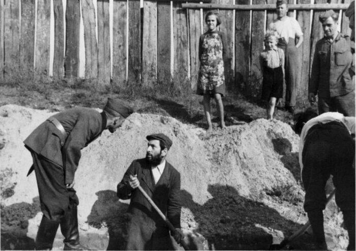 """Wystawa """"Praca przymusowa. Niemcy, robotnicy przymusowi i wojna"""""""