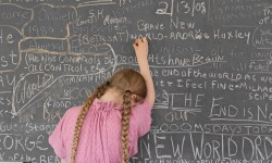 Lucas Foglia, Tablica do domowych lekcji [Homeschooling Chalkboard], Tennessee, 2008. © Lucas Foglia.