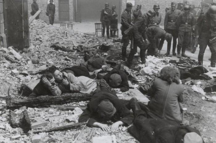 Zdjęcia z powstania w getcie
